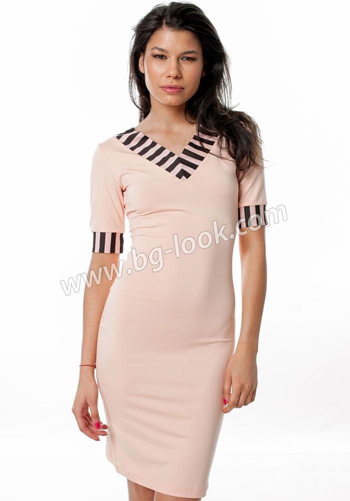e83a57139e9 Розова права рокля с шпиц деколте City Safari - Дрехи Fashion Colors ✨