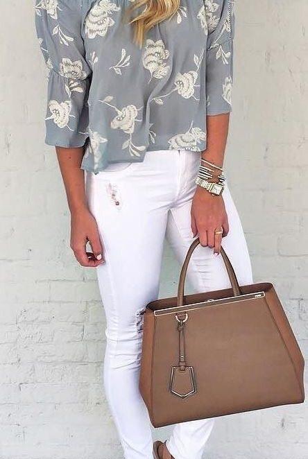 Стилни и днес с бял панталон