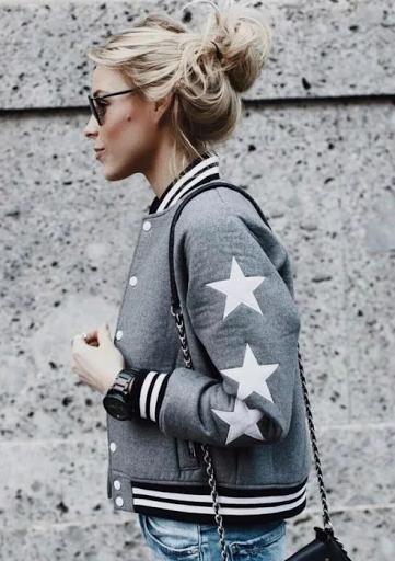 Дамски спортни якета – новите ежедневни
