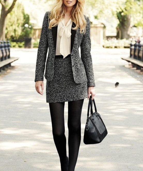 Какво ново при есенно-зимните дамски костюми
