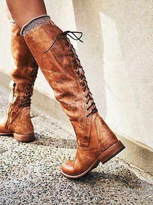 Бъдете в крак с модата със стилни ботуши