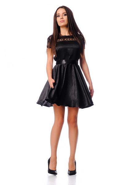 Дантелени рокли